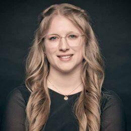 Spezialistin Entgeltabrechnung Nadine Demuth